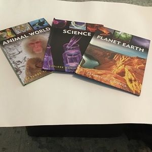 Books;  Science, Animals, Planet Earth, Q&A.  NEW